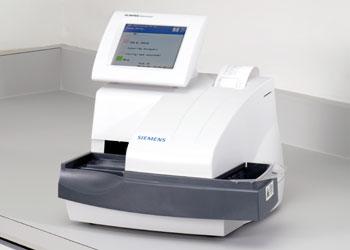 CLINITEK Advantus® Urine Chemistry Analyzer